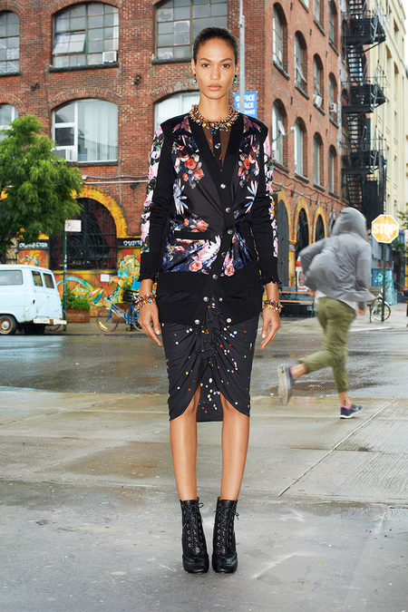 Givenchy_012_1366.450x675