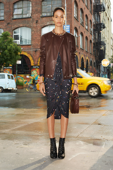Givenchy_013_1366.450x675